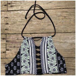 Cupshe high neck bathing suit top